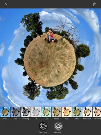 Living Planet for iPad: Tiny Planet Videos & Photos